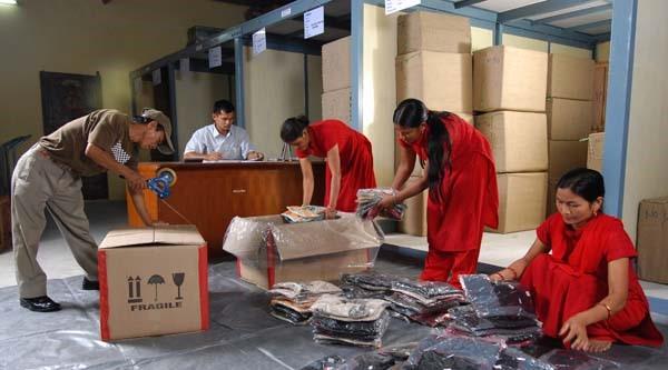 Expert Handling & Packing